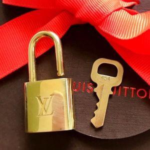 Louis Vuitton Brass Lock & Key 454 Authentic